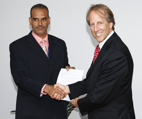ICANN Signs Accountability Framework with ccTLD Manager for Curacao (.CW)
