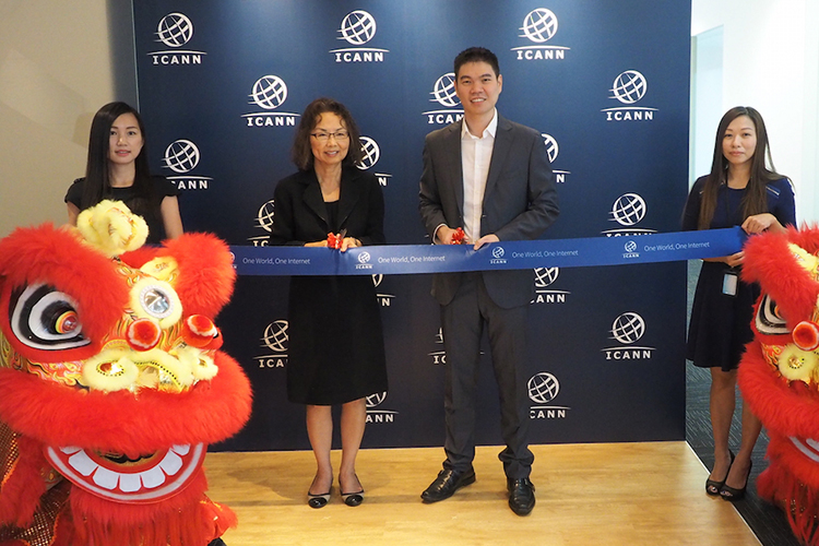 ICANN staff cut ribbon at office in Singapore