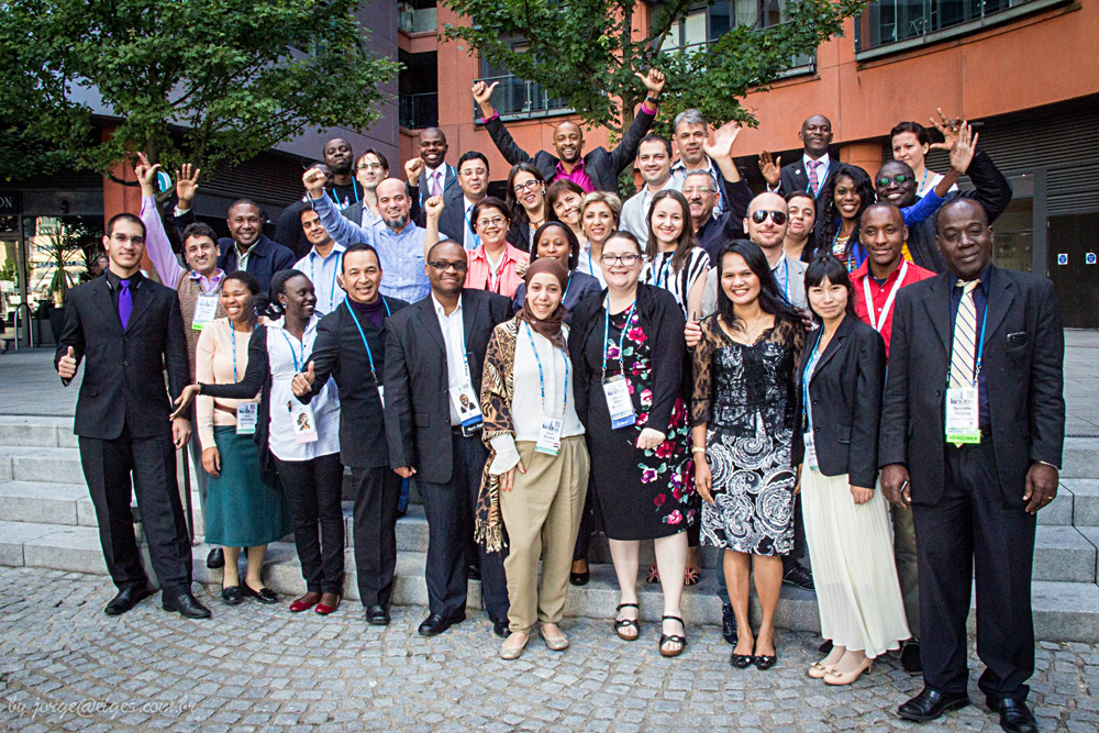 Group photo of the London 2014 Fellowship Participants